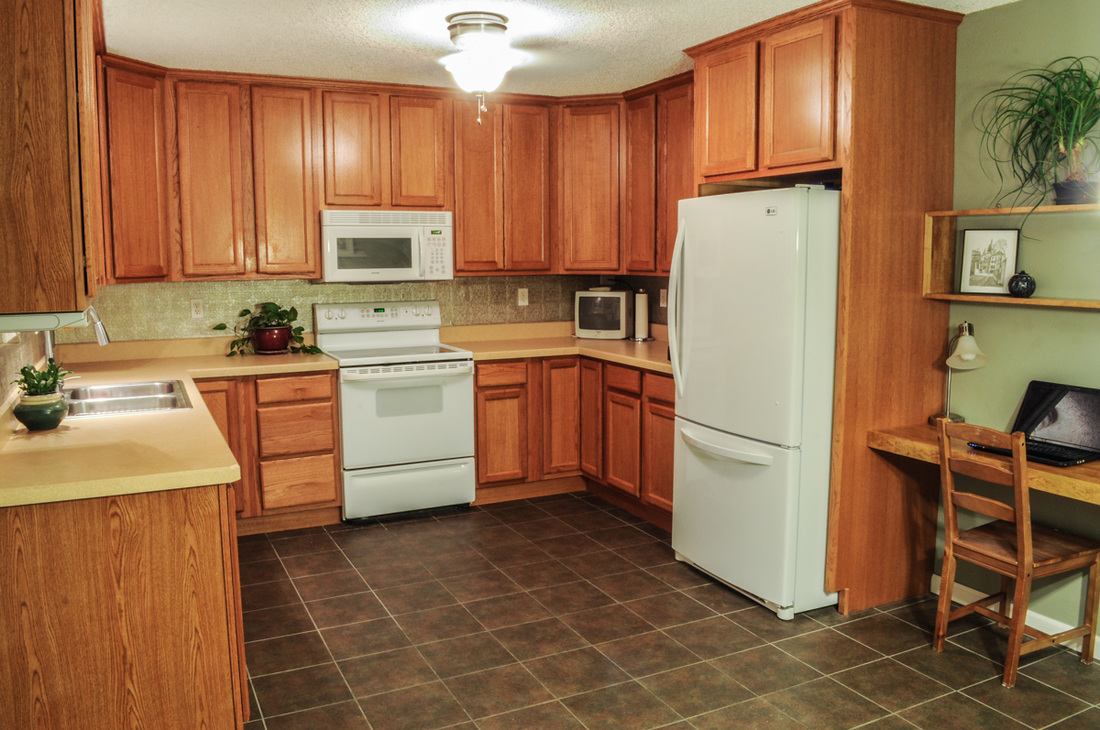 For sale by owner home for Ceramic tile under kitchen cabinets